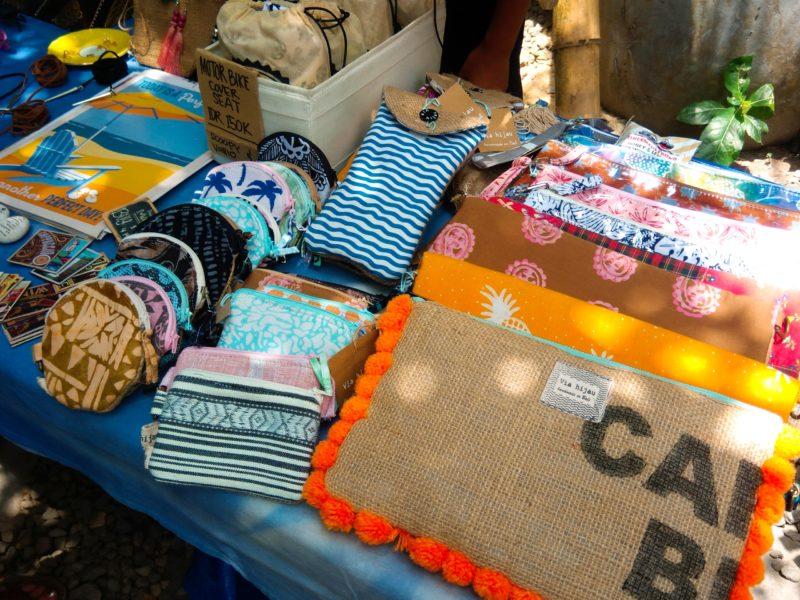 バリ島チャングーSamadiオーガニックサンデーマーケット、ポーチ