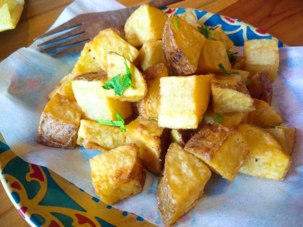 バリ島クロボカンのヨガシャラ&ベジタリアンレストラン、ポテトフライ