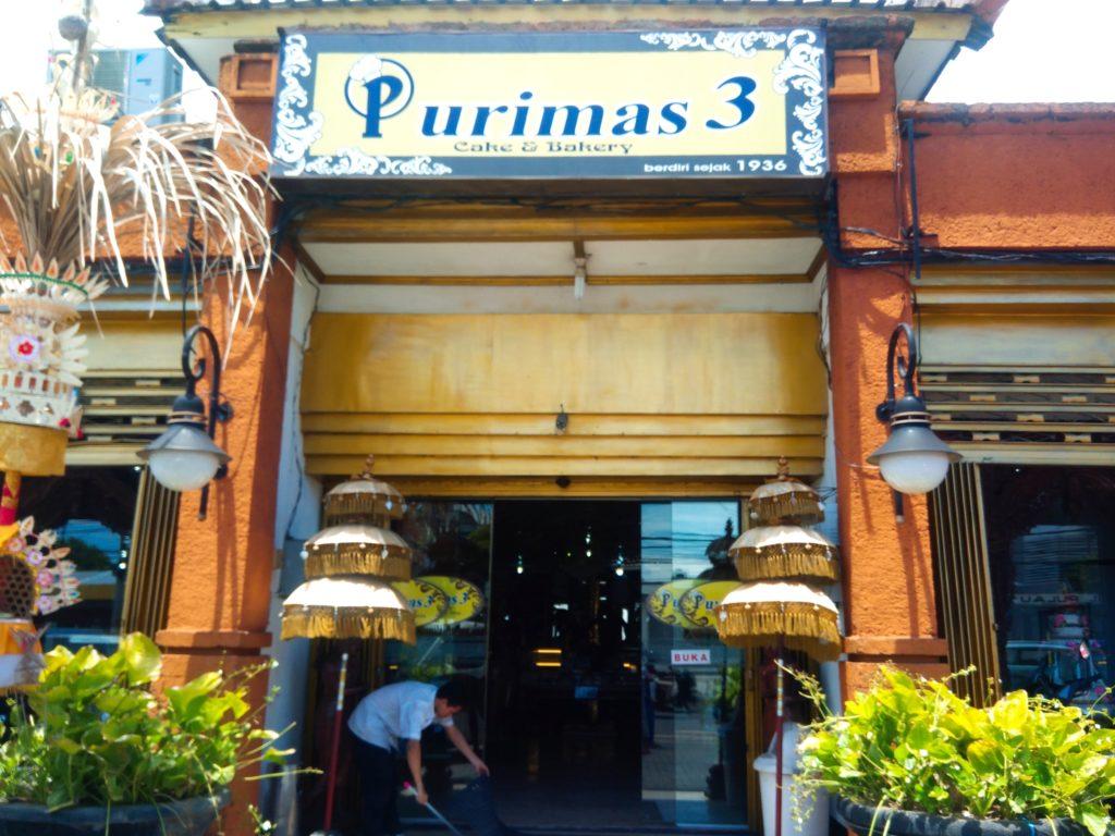 バリ島のローカルスイーツショップ「プリマス」
