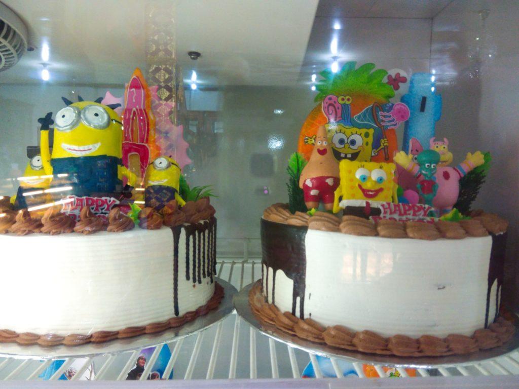 バリ島ローカルスイーツ、キッズケーキ