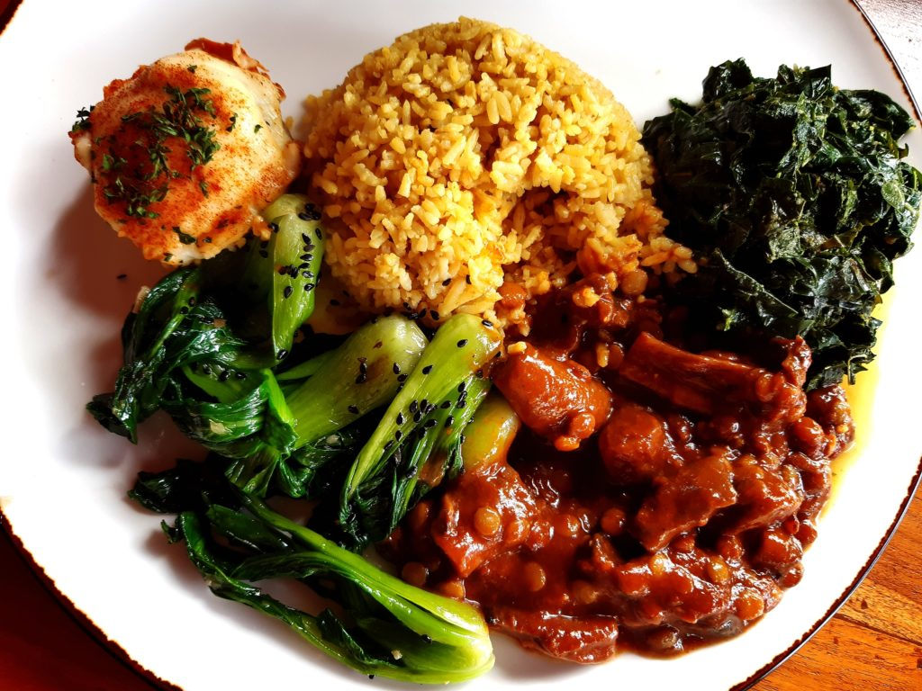 バリ島老舗ナシチャンプル新店、Warung Tiga料理