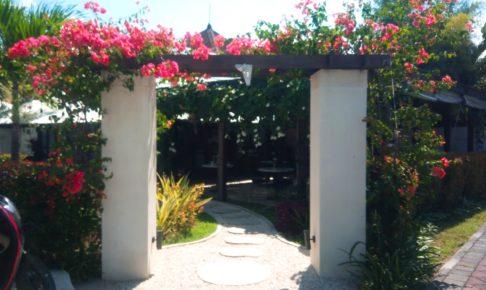 バリ島ウマラスのレストランKembali入り口