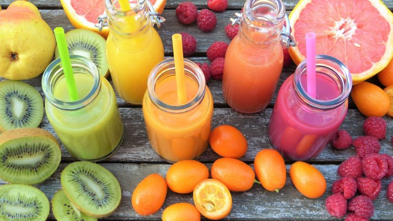 健康ヘルシースロージューサーの野菜ジュース