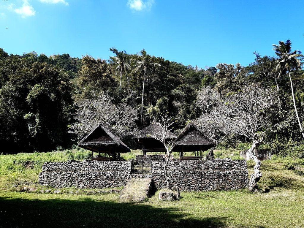 バリ島穴場の観光地バリ・アガの村トゥガナン村のお寺