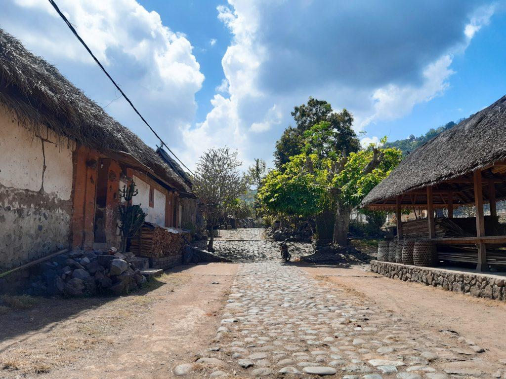 バリ島穴場の観光地バリ・アガの村トゥガナン村の景色