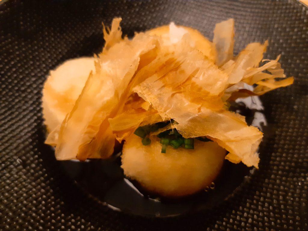バリ島チャングー日本食、寿司レストランenso揚出し豆腐