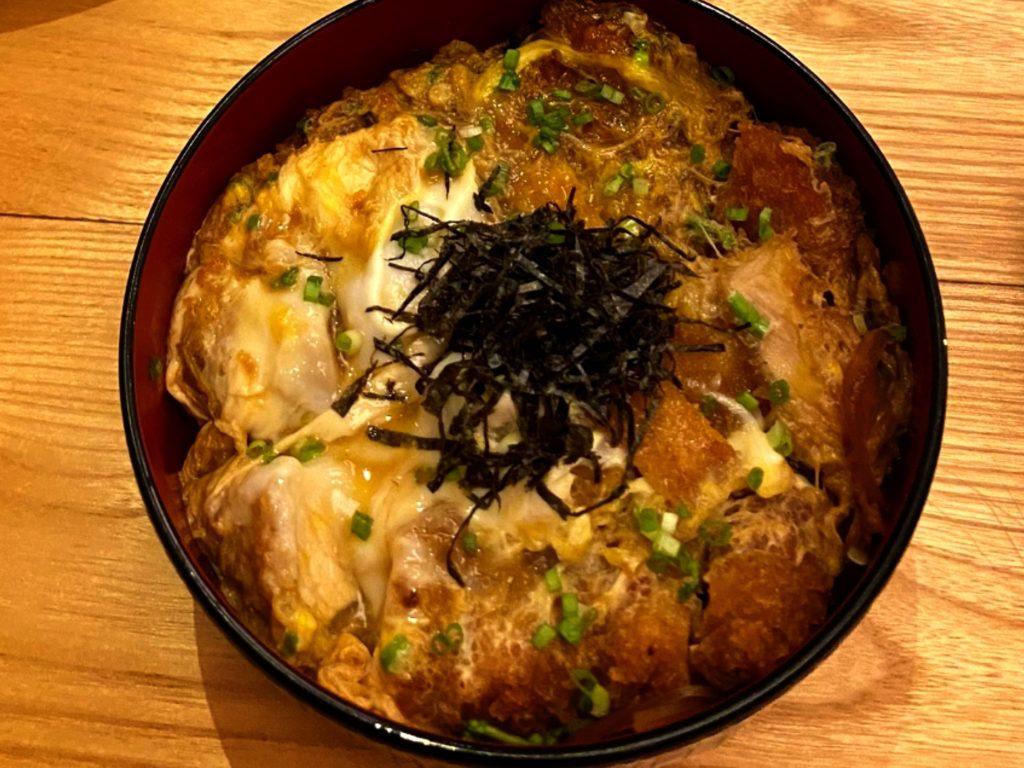 バリ島チャングー日本食、寿司レストランensoカツ丼