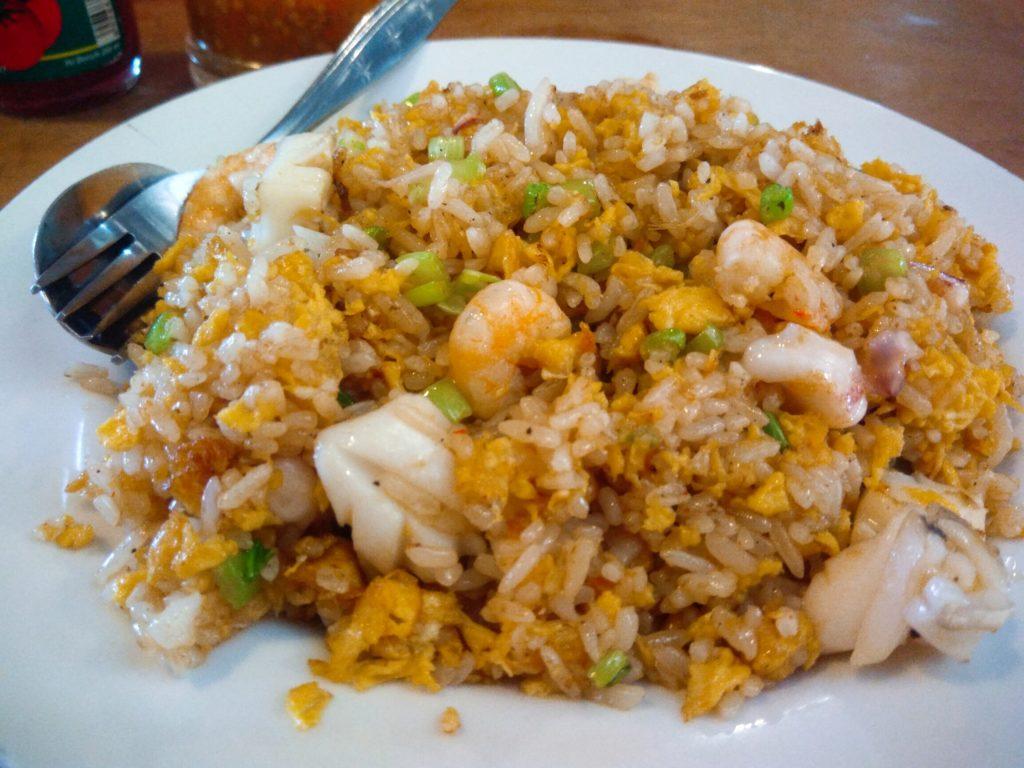 バリ島中華料理、Mie 88の王道ナシゴレンシーフード