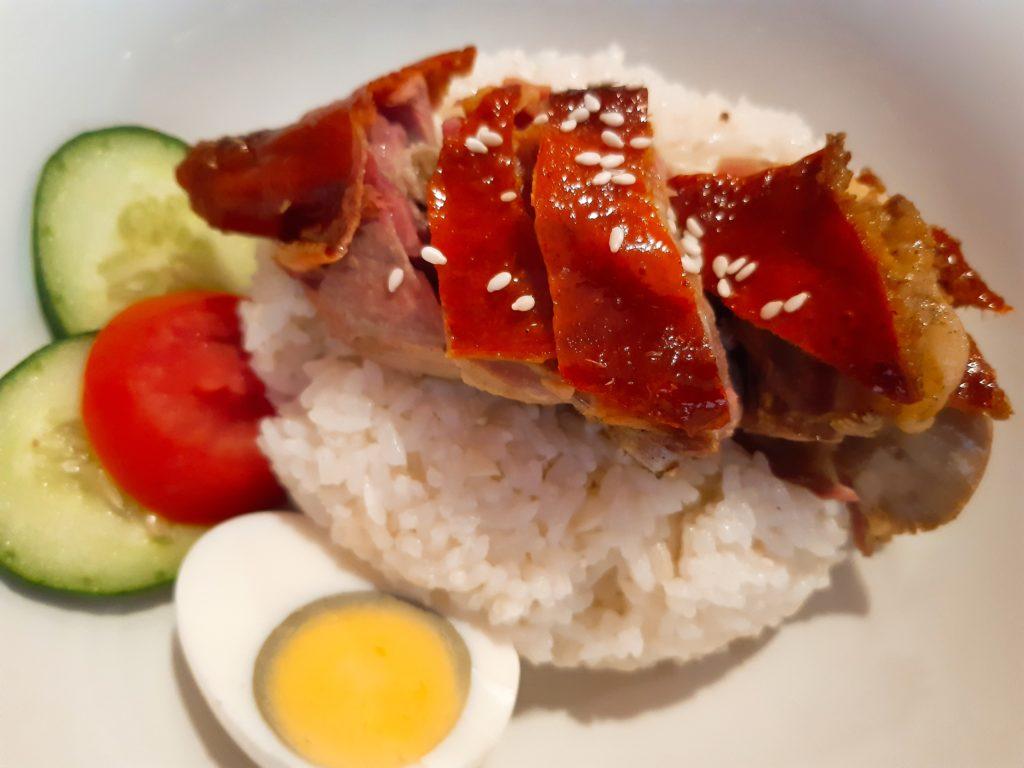 バリ島中華料理、香港レストランのローストダック海南ライス