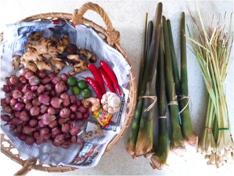 ステイホームでインドネシア料理!サンバルマタとサンバルボンコを作ろう