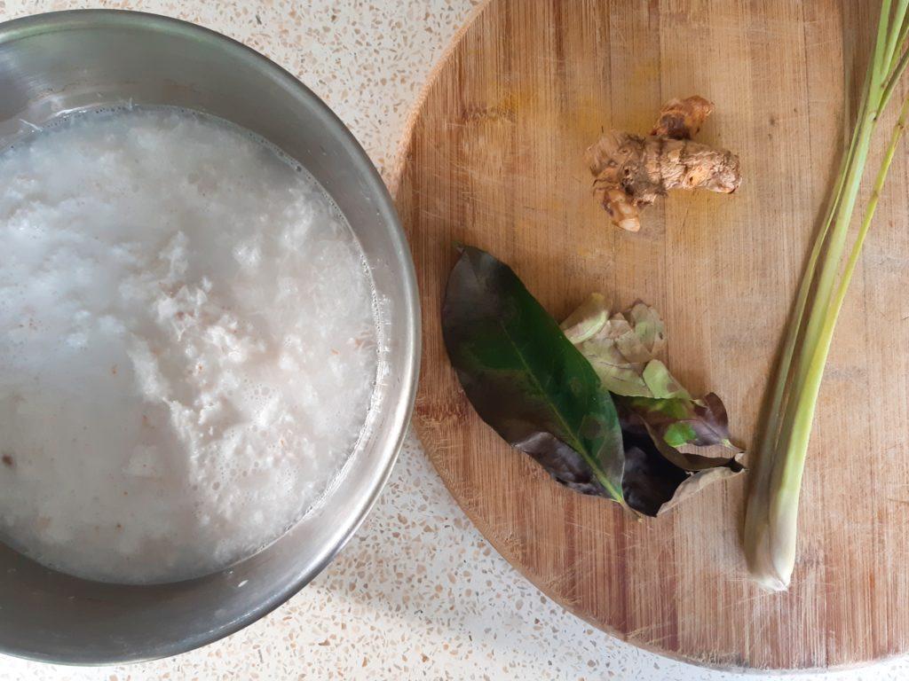 インドネシア料理にトライ!ナシクニンの材料