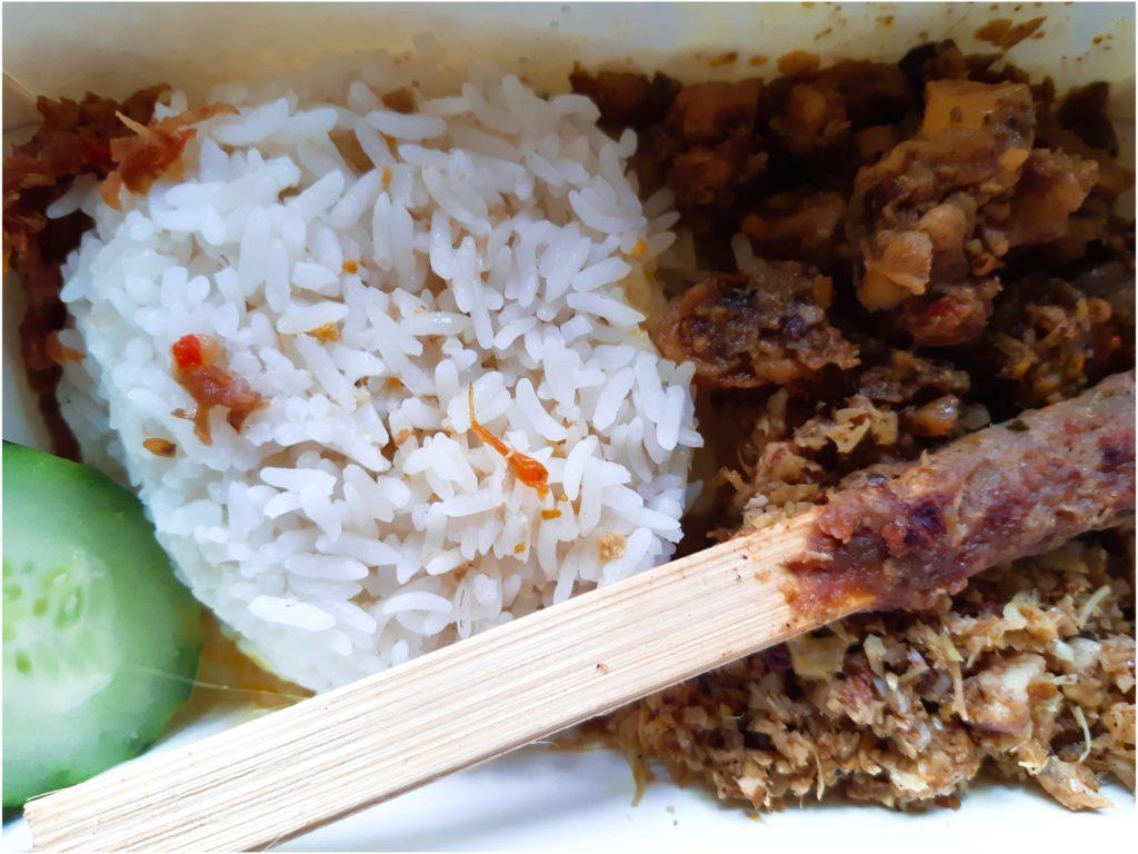 バリ島の料理スナチュク、初めてのGofood