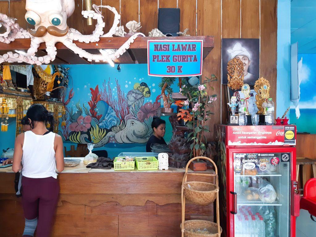 バリ島タコのラワールのワルン、レジ
