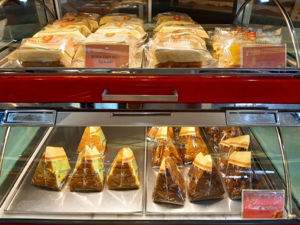バリ島パン&ケーキ屋ホーランドベーカリーのシフォンケーキ