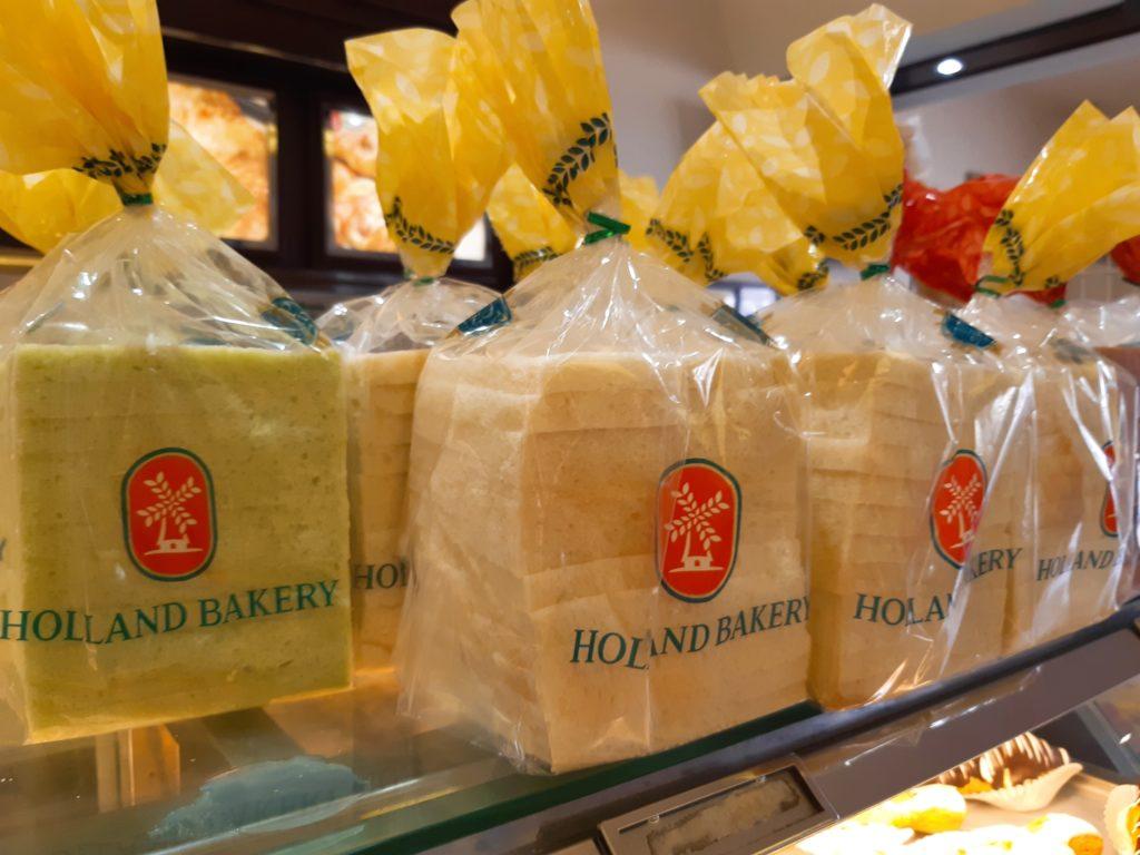 バリ島パン&ケーキ屋ホーランドベーカリーの食パン